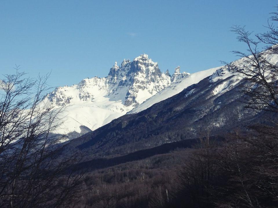 Cerro Castillo desde la carretera en Coyhaique