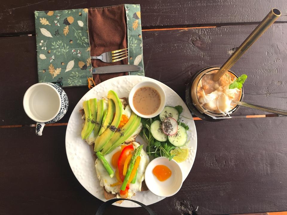 avos and mangos tiene los mejores desayunos