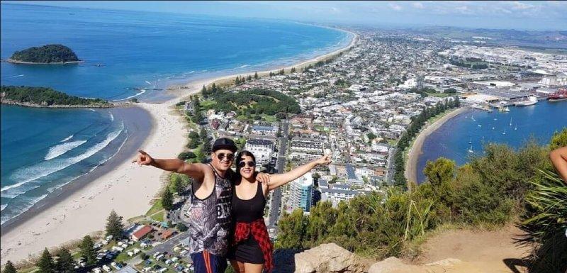 karla y su novio viajando por nueva zelanda