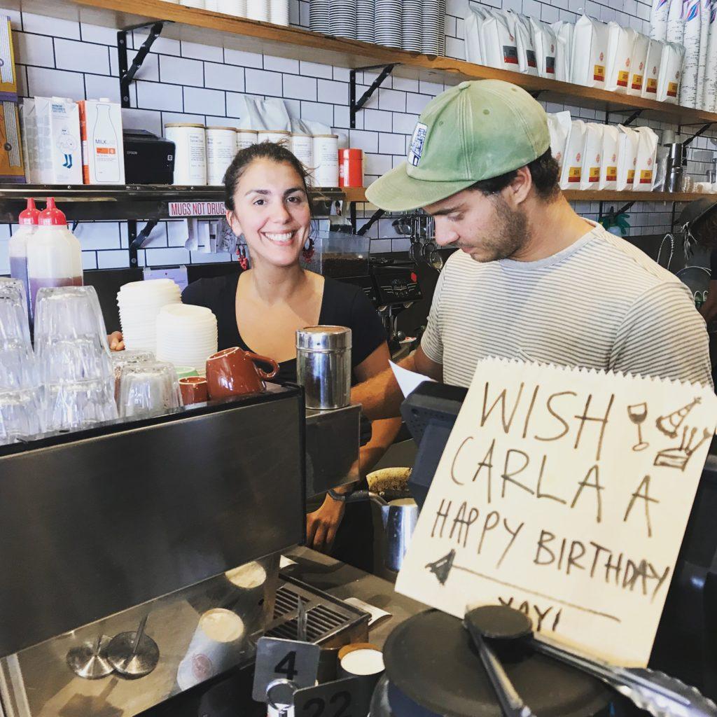 trabajando de barista en Australia en el dia de mi cumpleaños