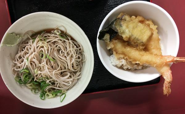 noodles soba de trigo sarraceno